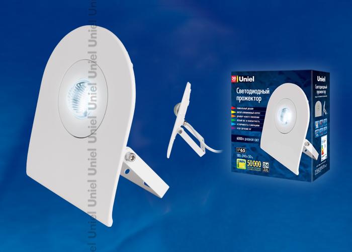 Прожектор светодиодный ULF-F10-30W/DW IP65  Корпус белый. Цвет свечения дневной белый