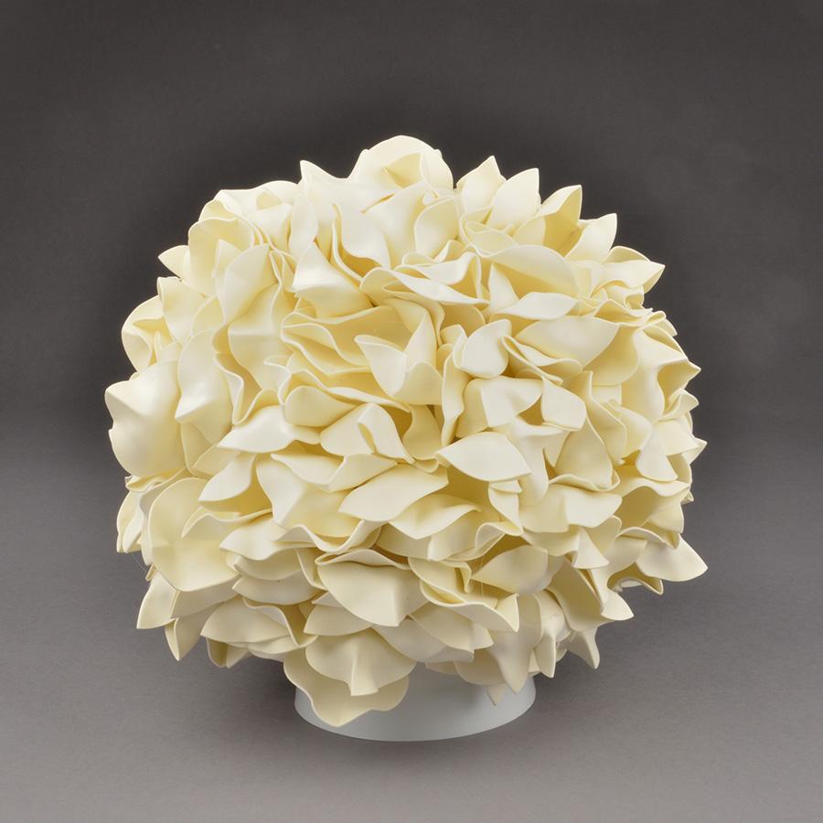 ULW-R07 T/3000K/150C/A Гортензия Белый/Сливочный десерт